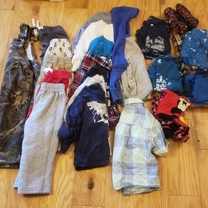 Lot of 2t boys clothing